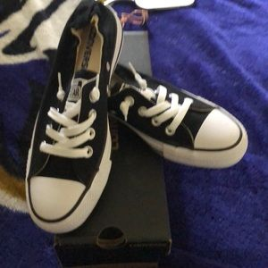 Low top Converse, Black